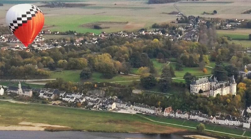 Vol au dessus du château de Chaumont sur Loire